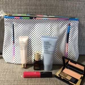 Estée Lauder Capri makeup bag and samples